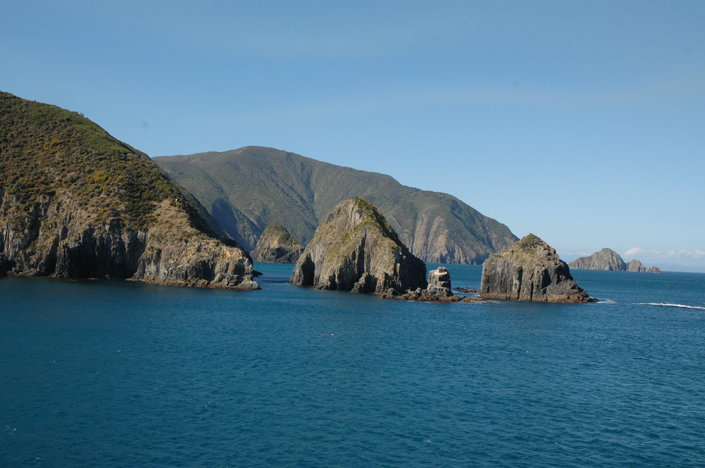 Chegando à Ilha do Sul pelo Marlborough Sounds