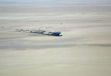 O voo sobre a Costa do Esqueleto na Namíbia