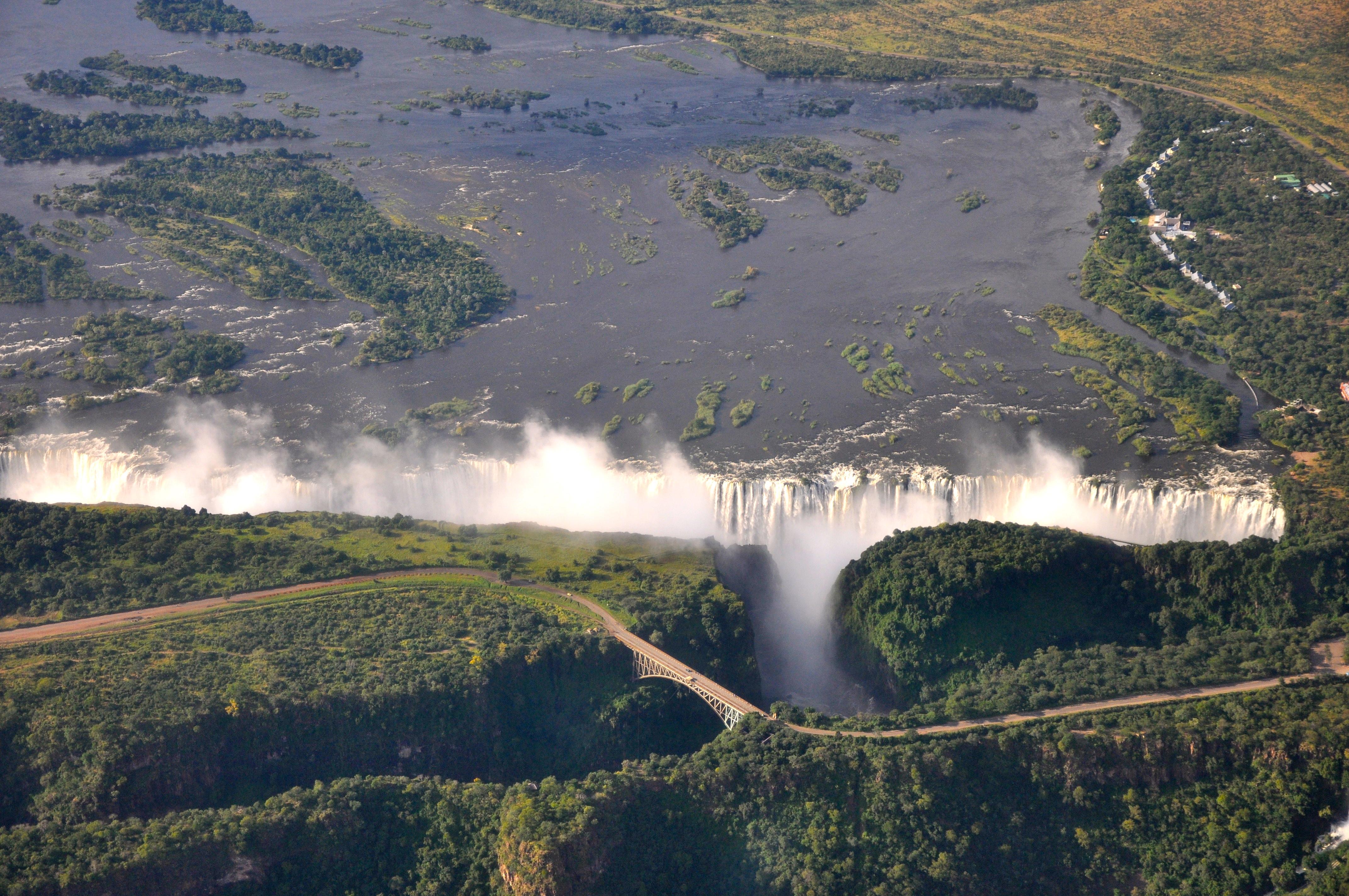 Victoria Falls, a maior catarata do Mundo