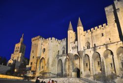 Avignon, a cidade dos Papas da Provença