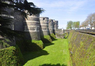 O Vale do Loire e o Castelo de Angers