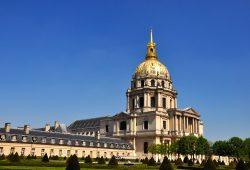 O Hotel des Invalides e a Ponte Alexandre III