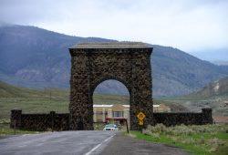 Mammoth Hot Springs e Tower Falls, duas atrações do Yellowstone