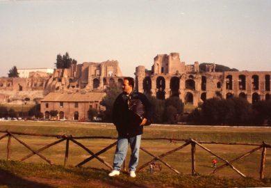 """Caímos no """"conto do casaco de couro"""", em Roma"""