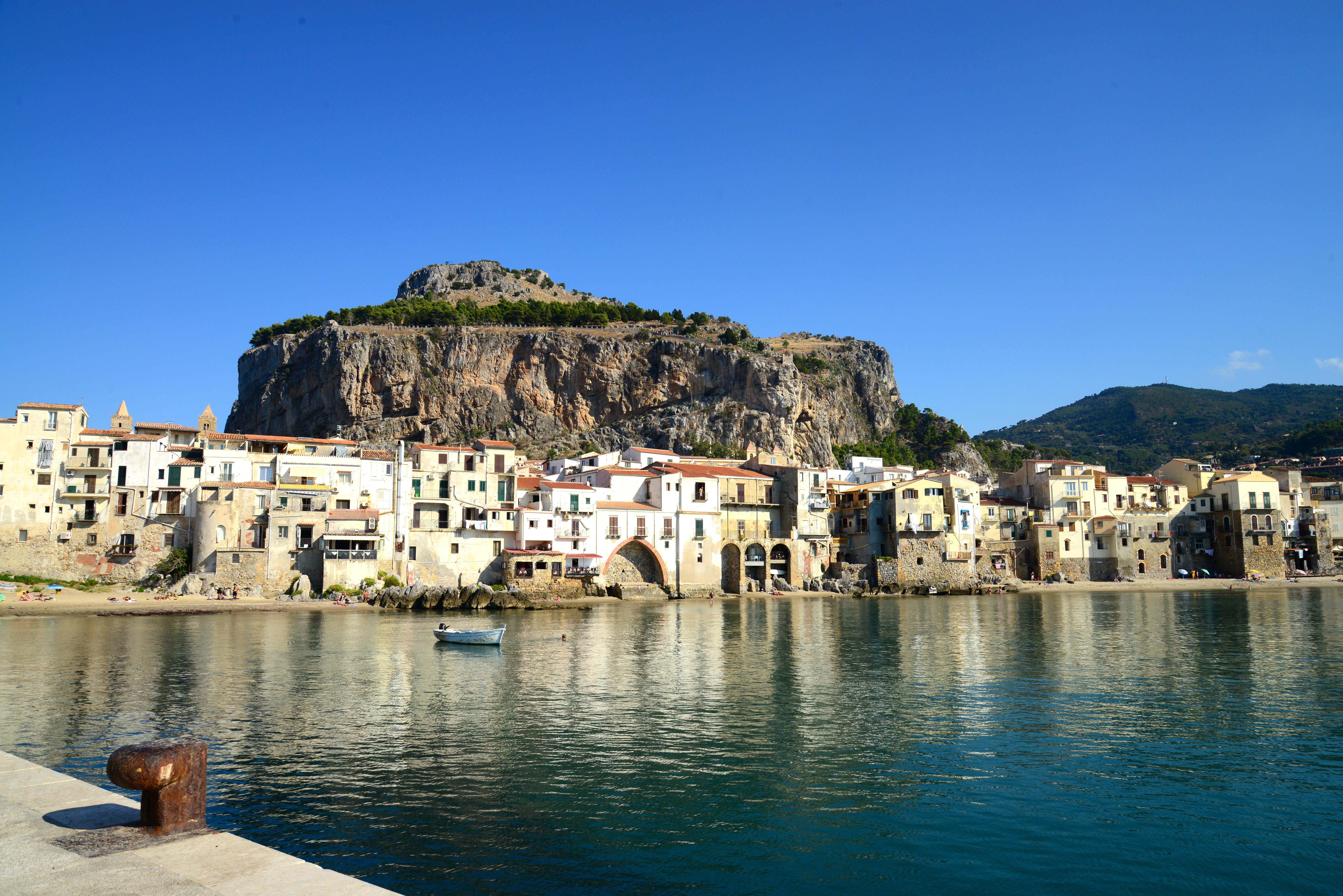 Cefalú, uma grata surpresa às margens do Mar Tirreno