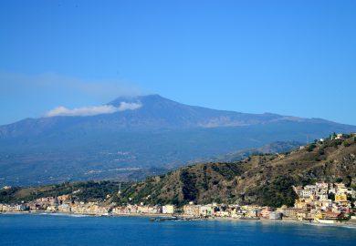 """Monte Etna, a """"oficina"""" de Vulcano"""