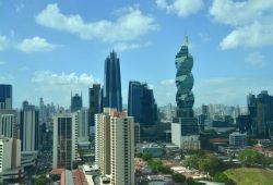 A CIDADE DO PANAMÁ E O HOTEL HARD ROCK