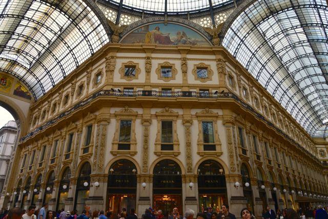 Galeria Vittorio Emanuele II, a sala de visitas de Milão
