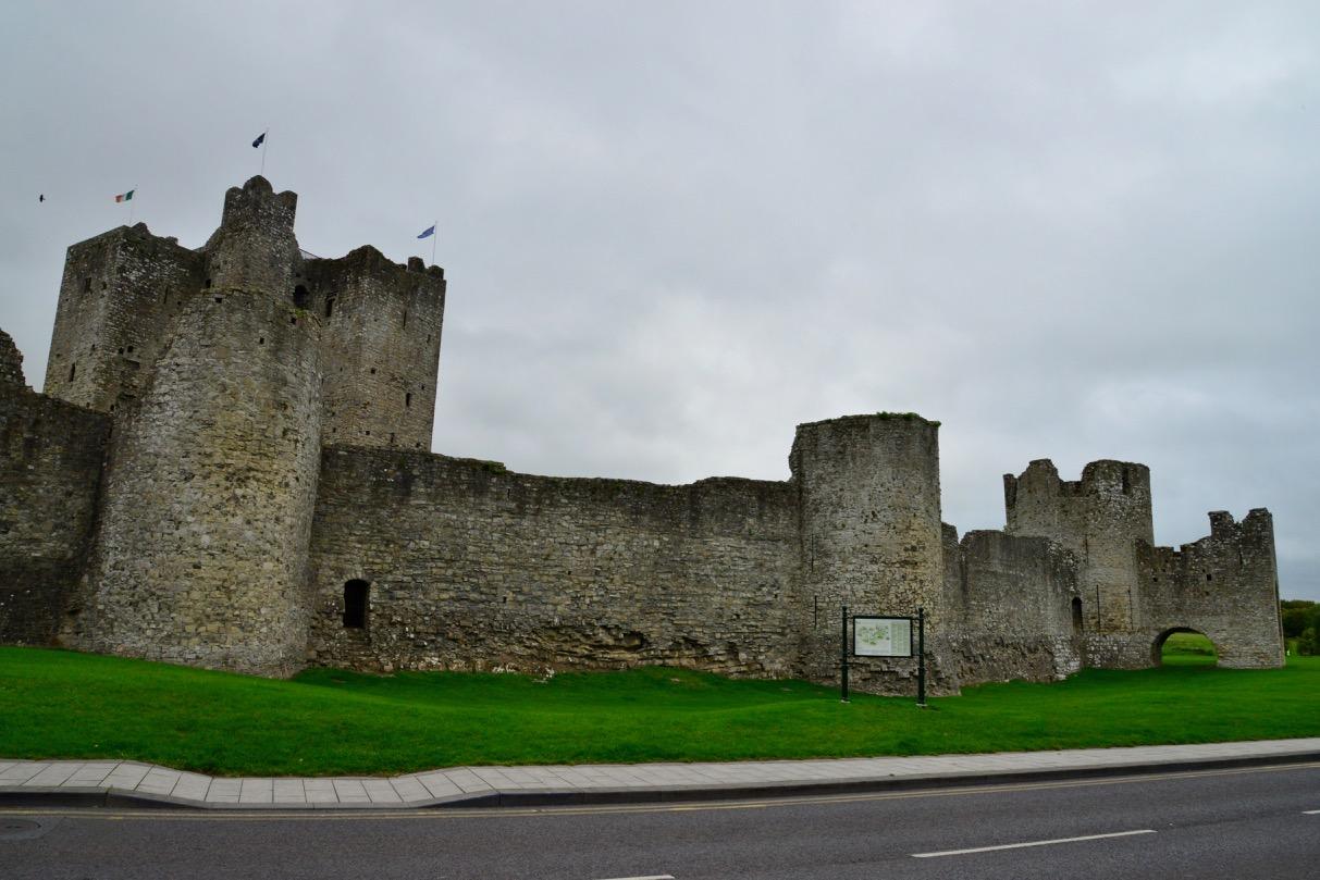 O Castelo de Trim e o sítio Arqueológico de Brú na Bóinne