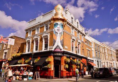 Portobello Road, um lugar descolado e animado em Londres